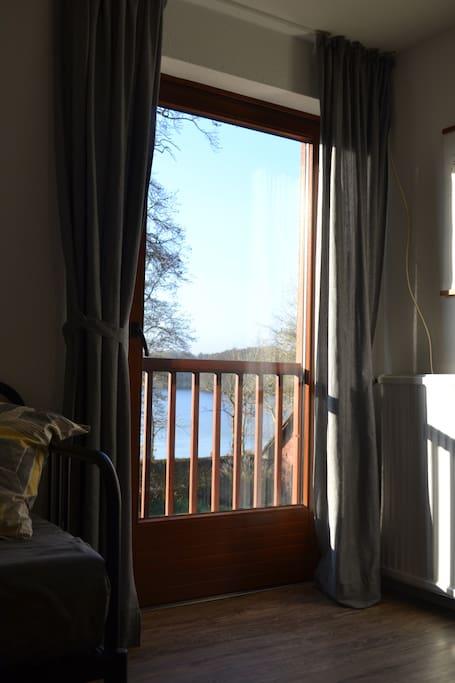 Blick auf den Bistensee aus dem Wohnzimmer