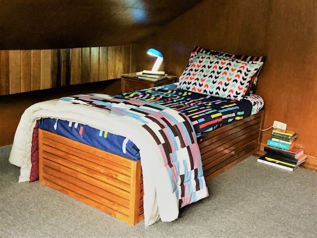 Rustic Solace - en suite bedroom - Room 3