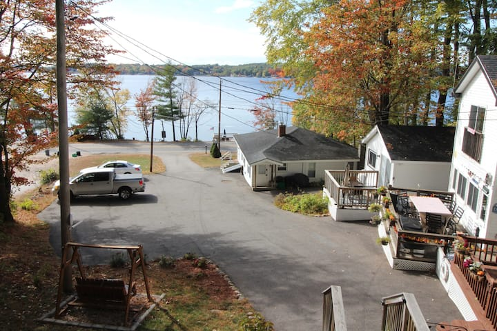 Paugus Bay Cottage with Dock!