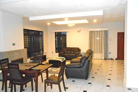 Raha Villa, Kerarapon Drive - Nairobi