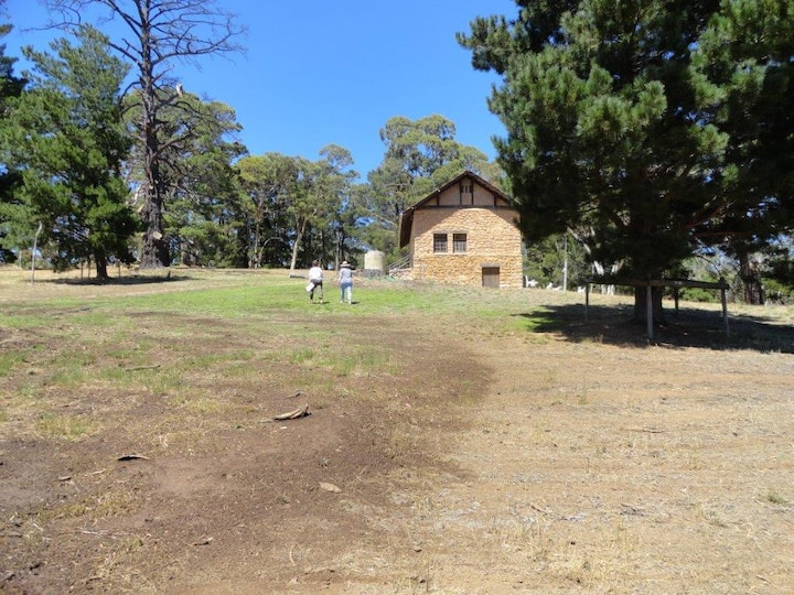 Heysen Studio at The  Cedars