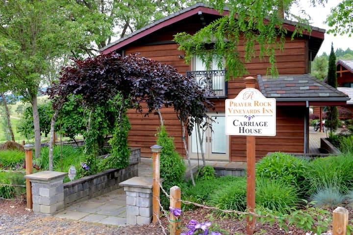 Reustle Vineyards Inn