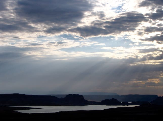 Morning sunrise looking out towards Lake Powell.