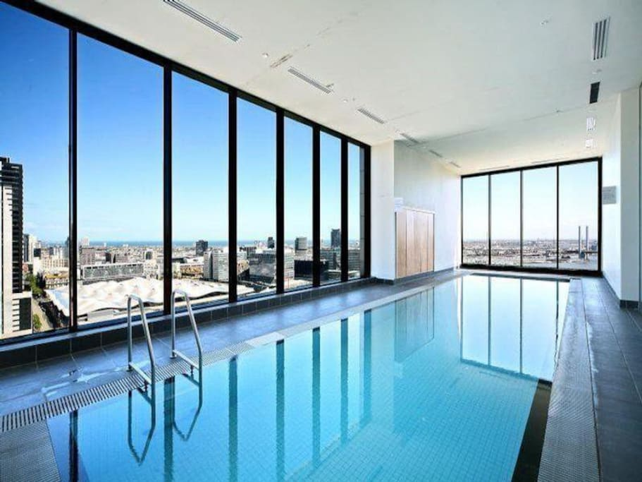 Stunning rooftop pool, with daytime ocean view.