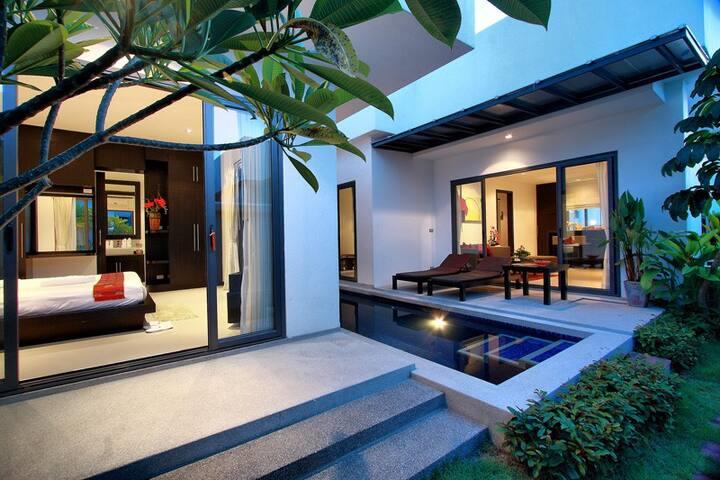 Sensual 2BR Villa in Phuket!