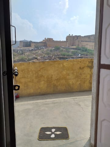 Lovely room in old Amer with view of Amber fort