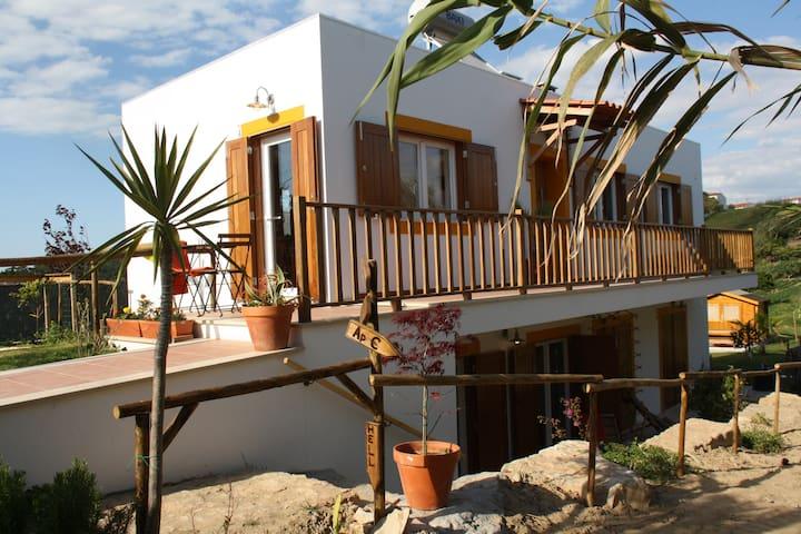 [ 2 pax | Bike and Surf Peniche | Apartment A ] - Peniche - Villa