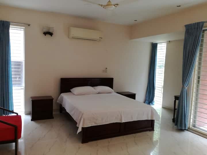 Posh Apartment at Gulshan-1, Dhaka-1212