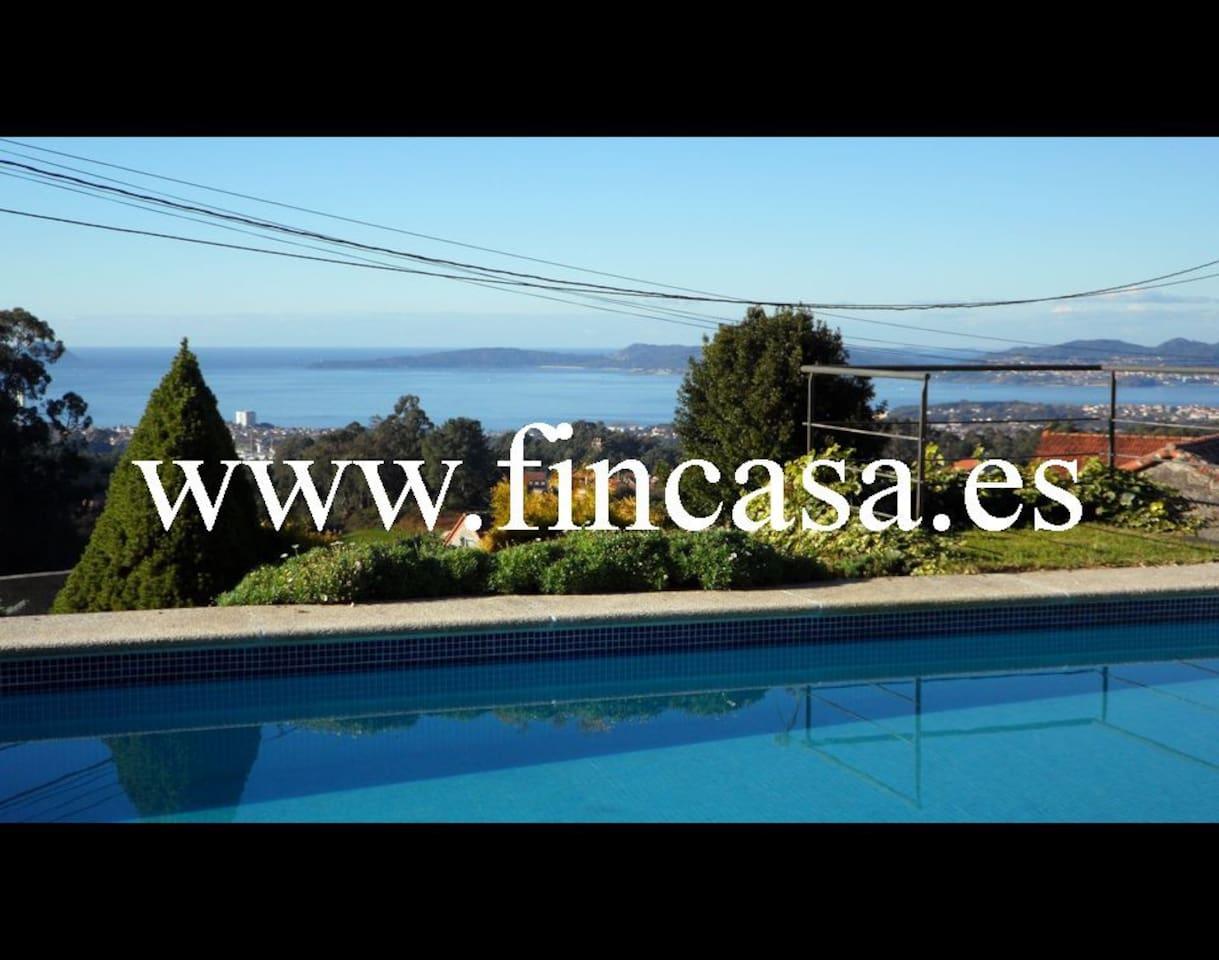 Chalet de Diseño con piscina y vistas a las Islas Cies