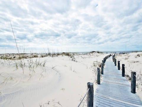 #END UNIT #BEACH #SALTLIFE #GREAT DEAL #AMENITIES