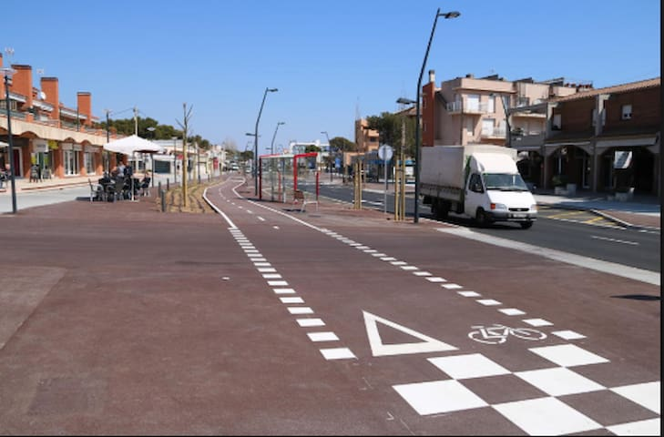 Carril bici por todo el pueblo