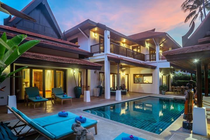 1 Bedroom Villa next to beach, private pool