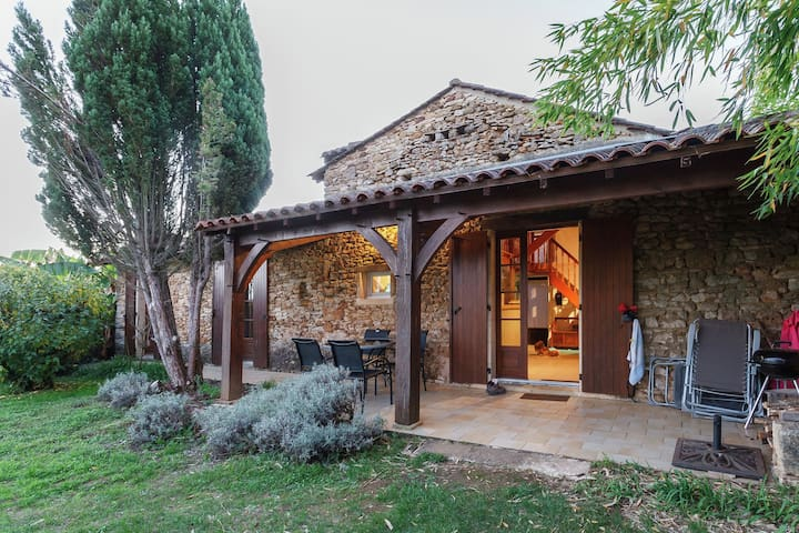 Gorgeous Holiday Home in Loubejac with Garden