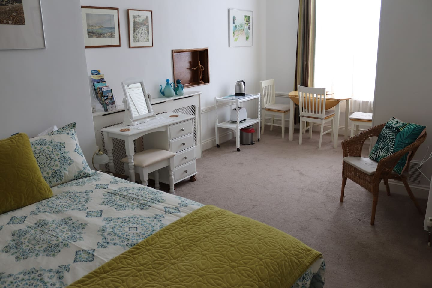 A comfortable and spacious double room, en suite