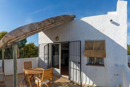 """Casa """"El Nido"""" Caños de Meca (Ático-Terraza)"""