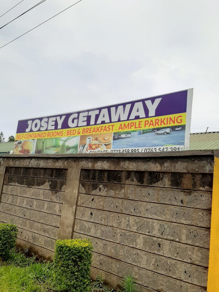 kerugoya: Josey Getaway, 10 self contained rooms.