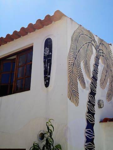 Lateral da Casinha do Mar