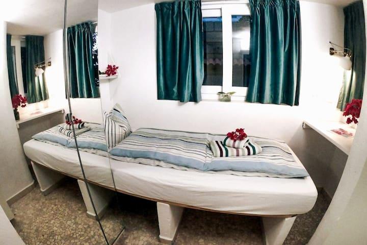 Bedroom Bali I