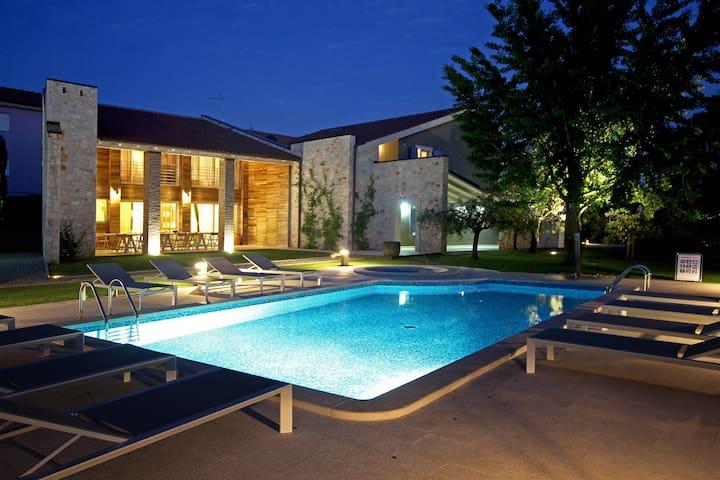 Apartment Alla Beccaccia - Valbandon - Wohnung