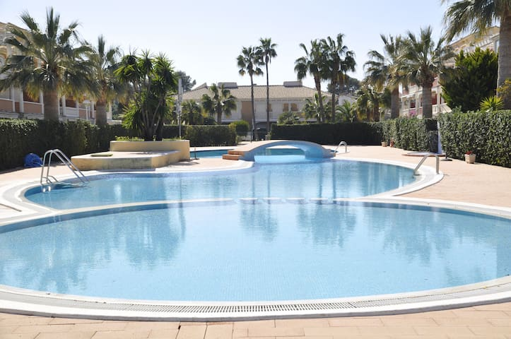 ESTRELLA BLANCA -  2 bedrooms, only 1 km. from Dénia - WIFI