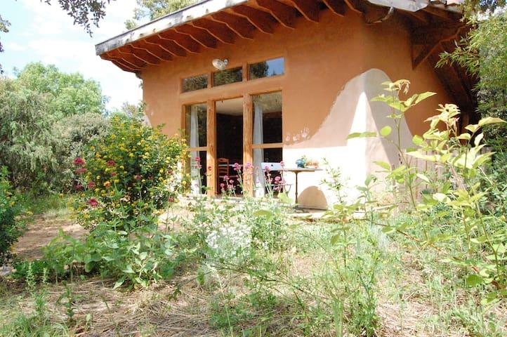 Secrets de paille  gîte écologique, Mont Ventoux