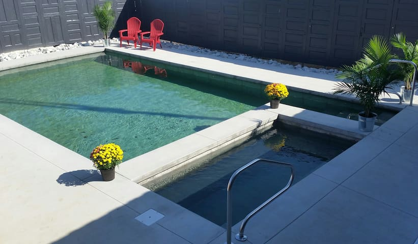 Brick Rose Beds & Donuts featuring pool & hot tub!