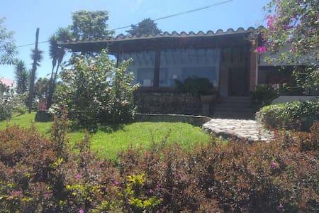 Cozy house in the countryside near Medellín - Retiro - Naturhytte