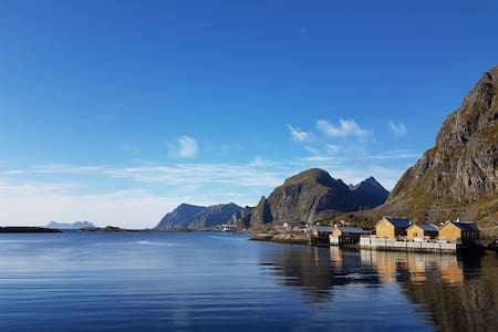 Lofoten Fishermans cabin w amazing location & view