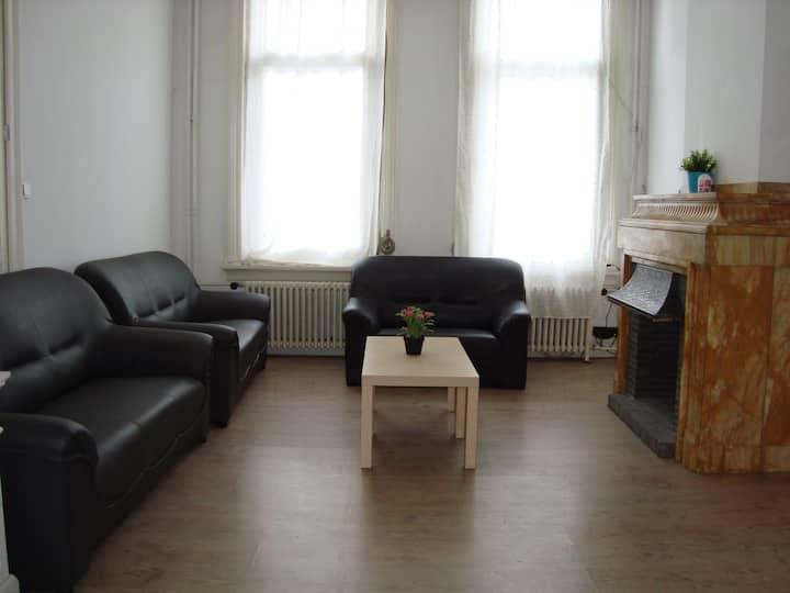 7-bedroom appartment in Antwerp, 16 persons