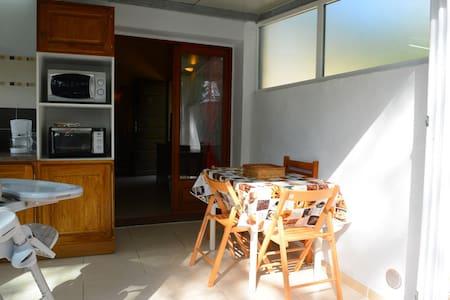 Mini villa en bord de mer refaite à neuf - Borgo - Villa - 2