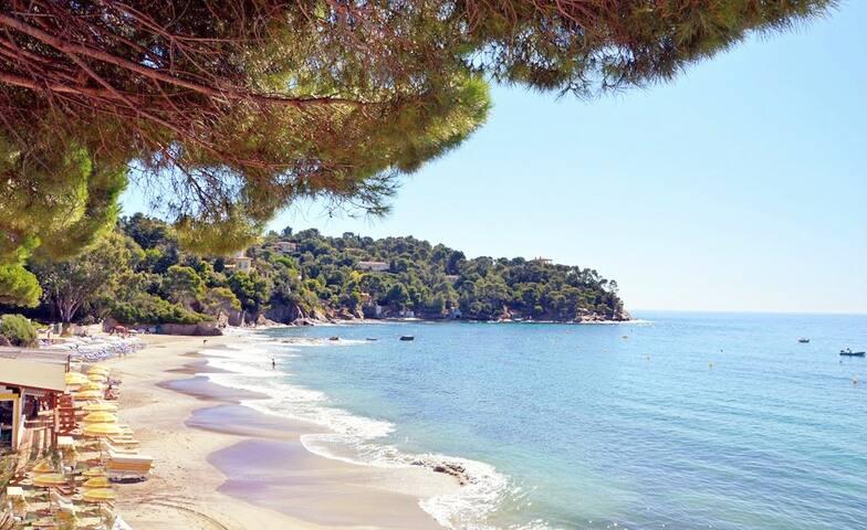 Escapade de charme vue mer plage 3 minutes à pied!