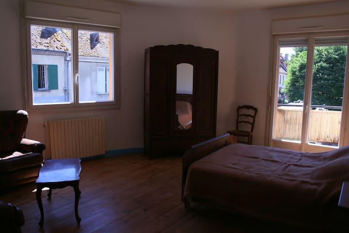 chambre double dans appartement proche Bergerac
