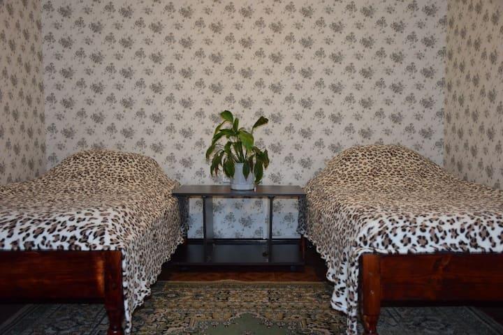 сдаю квартиру на сутки и на часы - Saratov - Huoneisto