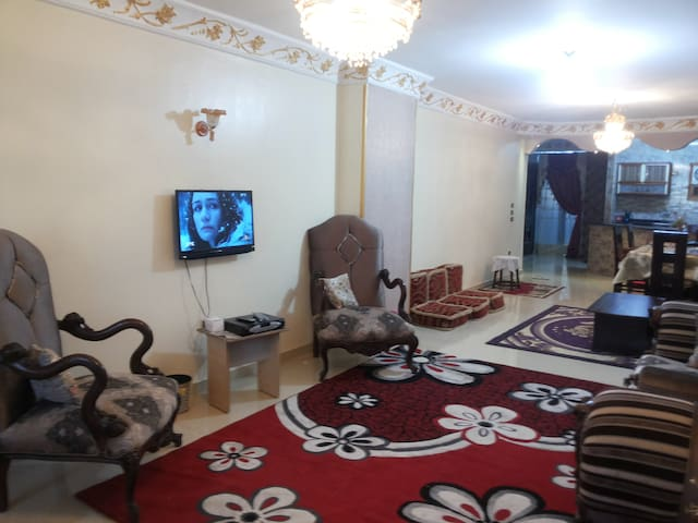 Direct PYRAMIDS view + TOURS - Giza Governorate - Apartment