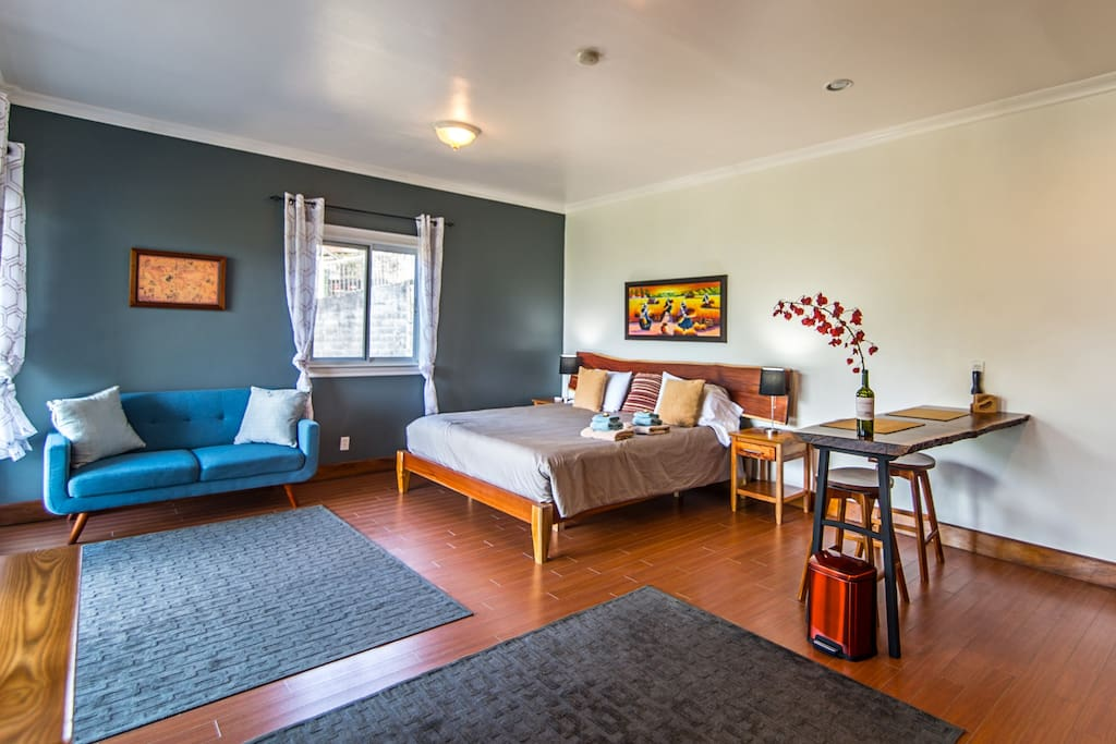 King sized designer pillow-top mattress and comfortable surroundings