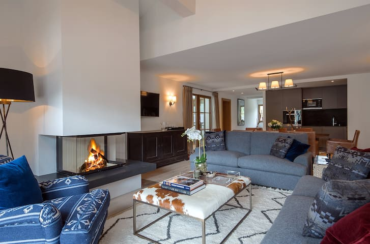 Penthouse Suite in Thurnher's Residences (12/17)