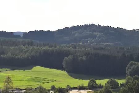Wander-, Radler- und Familienzimmer im bayer. Wald - Rumah