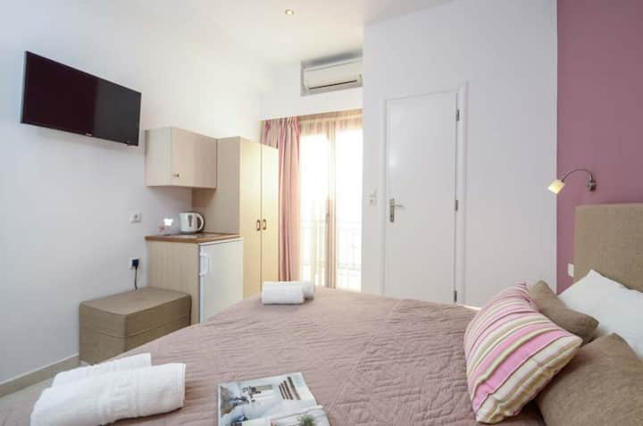 Double Room with Sea View - 1st Floor - Panormos Hotel Naxos