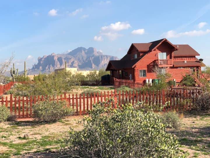 The Desert Cabin -Luxury in E Valley with Swim Spa