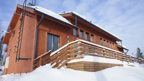 House with 5 bedrooms and two sauna for 14 people