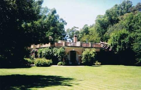 Divina casa de estancia con parque