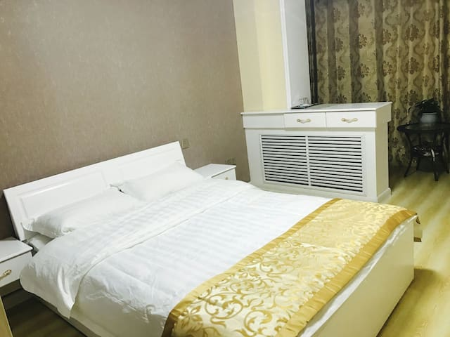 知春里家庭旅馆---南川西路客运站对面(整套链接)预订9月房屋优惠