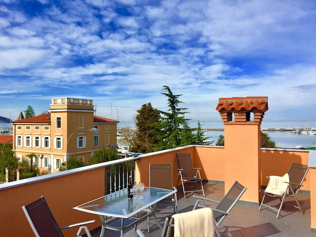 Top quality flat// Sea views//Private roof terrace - Izola - Apartament