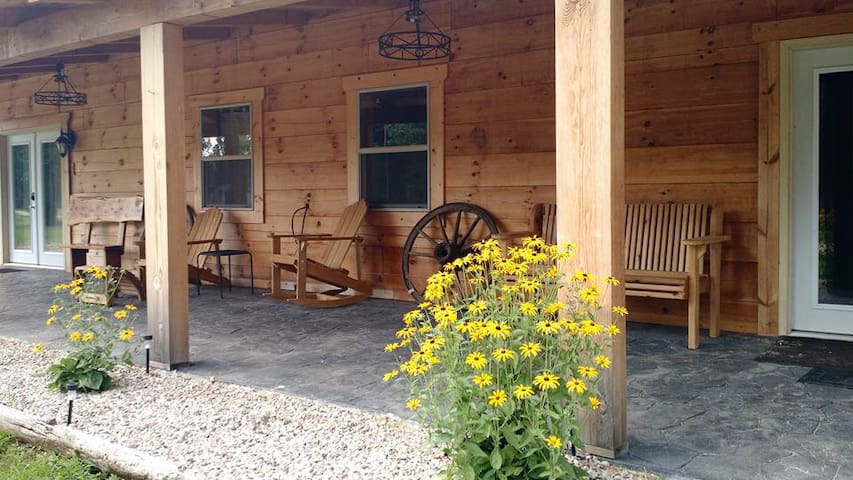 Northwoods adventure Log cabin Experience(1)