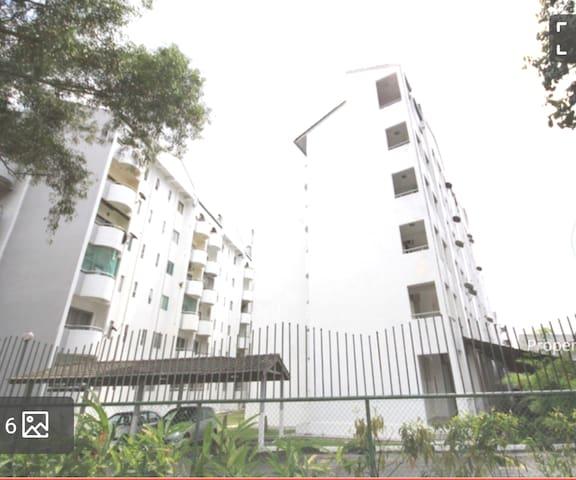 Comfortable 2 Bedroom Apartment Ampang, Near KLCC