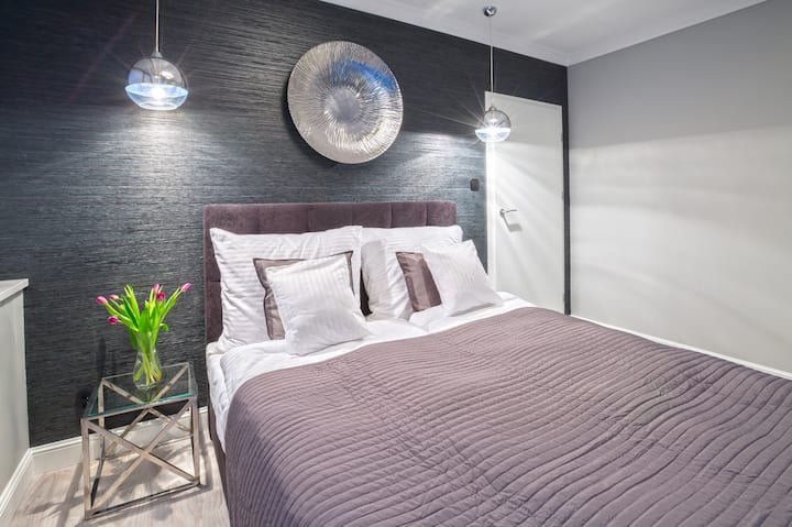 Old Town MistyRose Apartment - spacious & bright