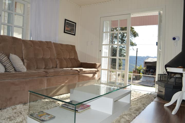Rosa Casa Floresta 2 quartos