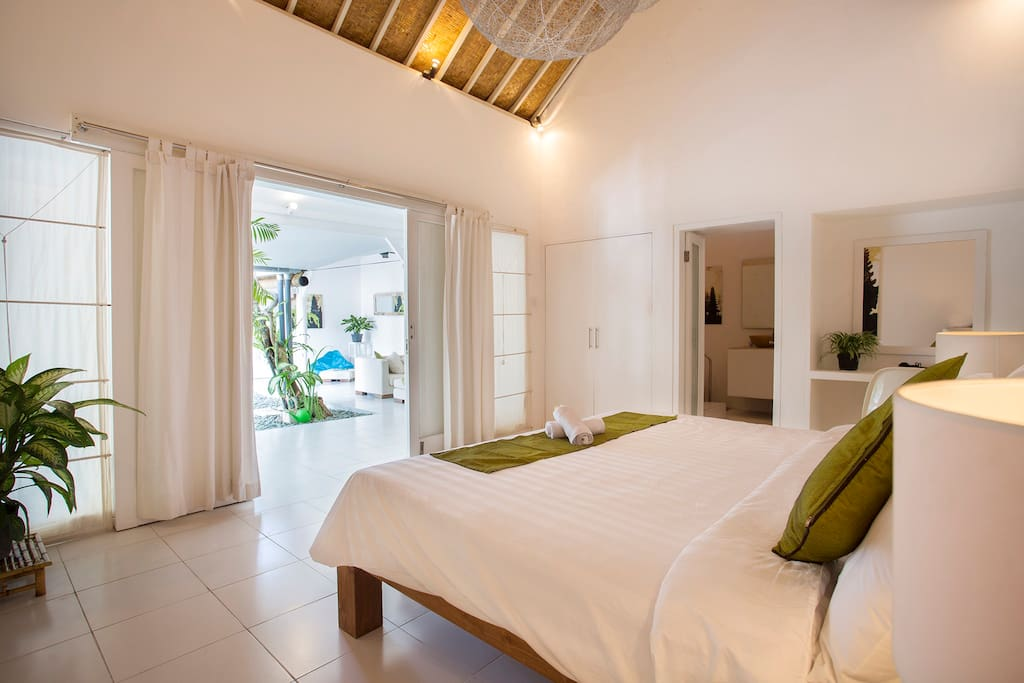 Eco bedroom 1 with en-suite bathroom