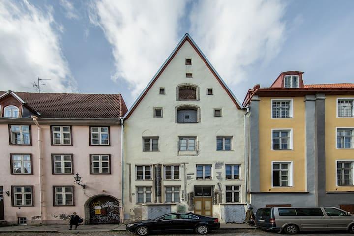 🏰 Romantiline Stuudio Bremeni Torni vaatega