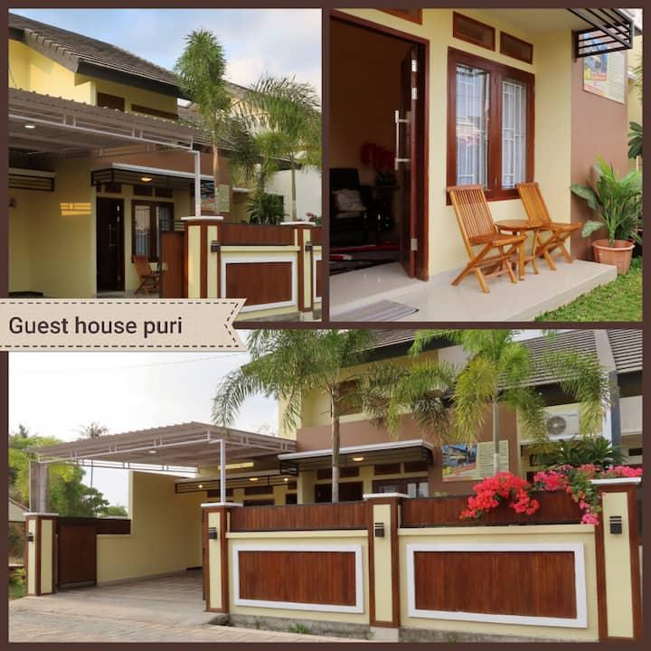 Guest house puri lombok 3 bedroom AC